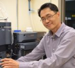 Abraham Koo found that glutamate not only helps plants defend against a single attack on a specific leaf, but it also alerts other leaves to the potential danger and induces pre-emptive responses.